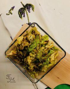 verza saltata in padella con sesamo e salsa di soia
